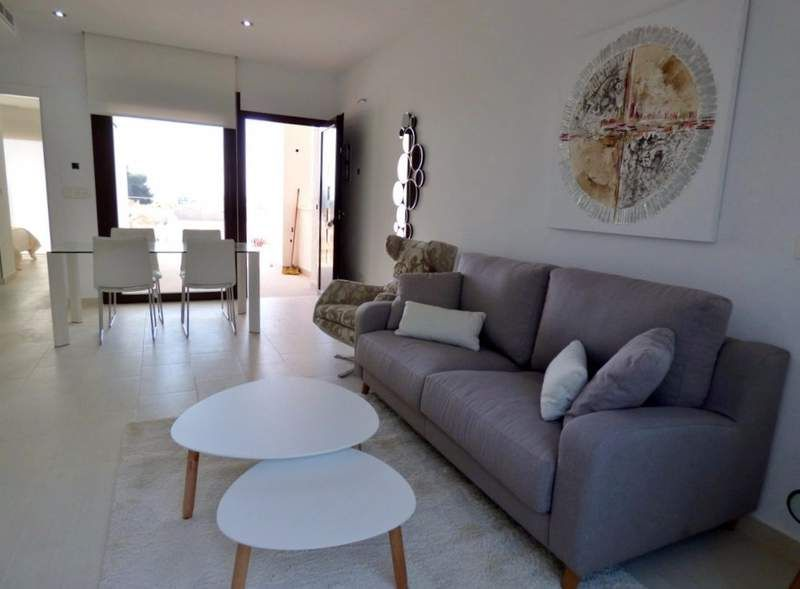 2 bedroom apartments in a complex with pool and with view over the Salt Lakes of Rojales 5