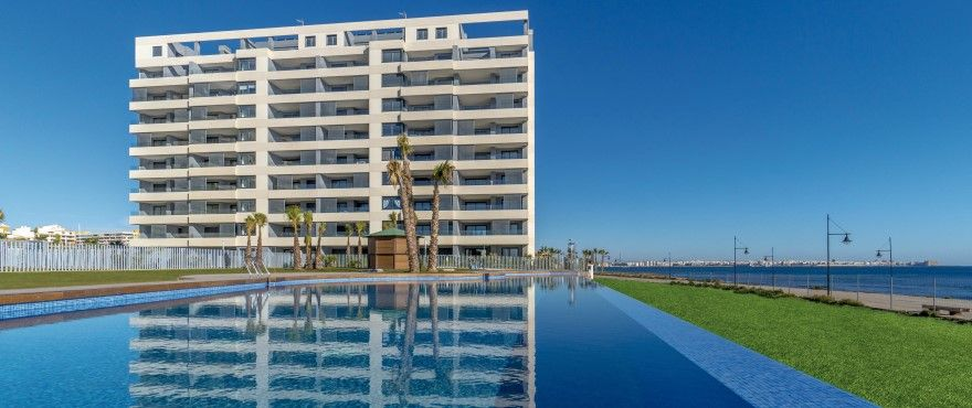 3 bedroom sea front apartments in Punta Prima 1