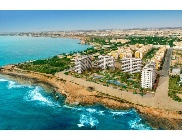 3 bedroom sea front apartments in Punta Prima 12