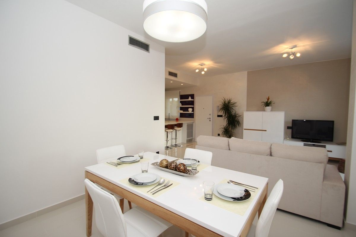 Costa Blanca South - 2 and 3 bedroom apartments only 5 min. to Guardamar del Segura's beach. 18