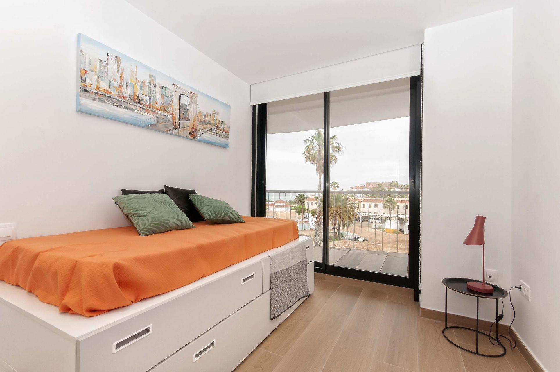 Denia Beach - 1, 2 and 3 bedroom apartments with terrace overlooking the sea or with views over the Montgó mountain, at the beach of La Almadraba beach 13