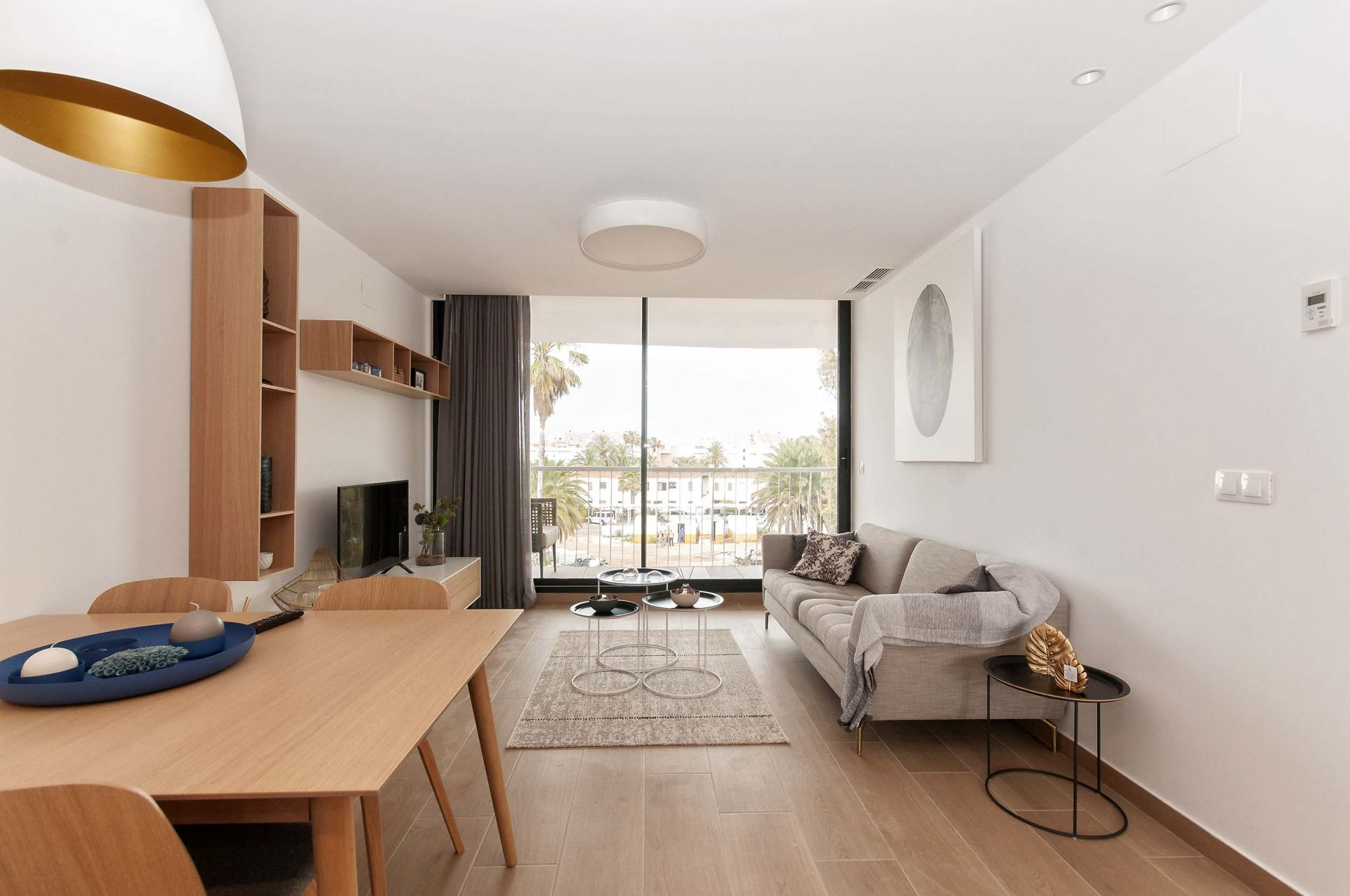 Denia Beach - 1, 2 and 3 bedroom apartments with terrace overlooking the sea or with views over the Montgó mountain, at the beach of La Almadraba beach 27