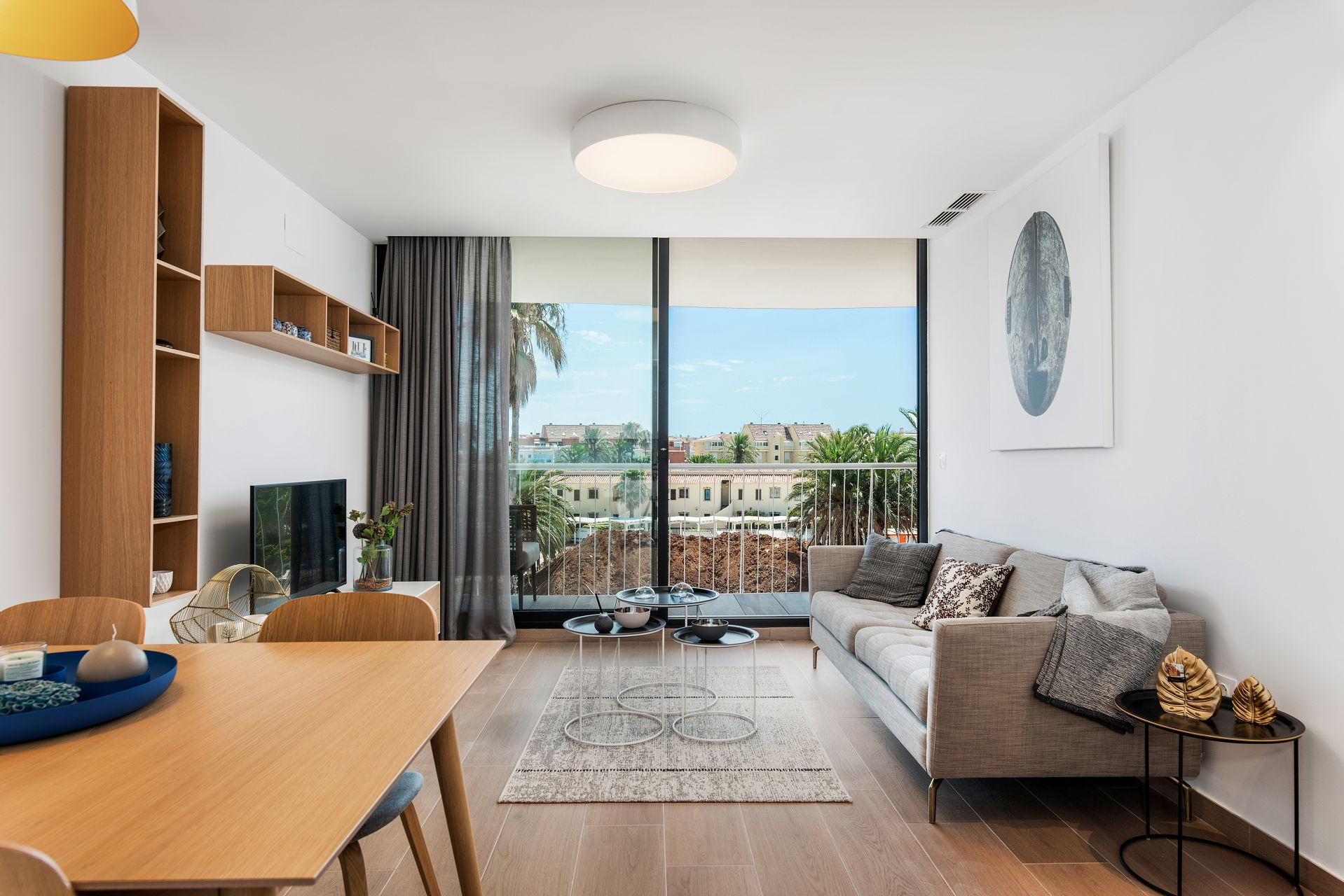 Denia Beach - 1, 2 and 3 bedroom apartments with terrace overlooking the sea or with views over the Montgó mountain, at the beach of La Almadraba beach 34