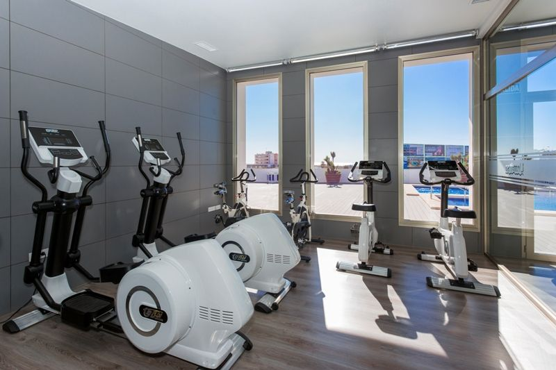 Penthouses with 2 bedrooms and 2 bathrooms in complex with pool, spa, gym, La Zenia. 4