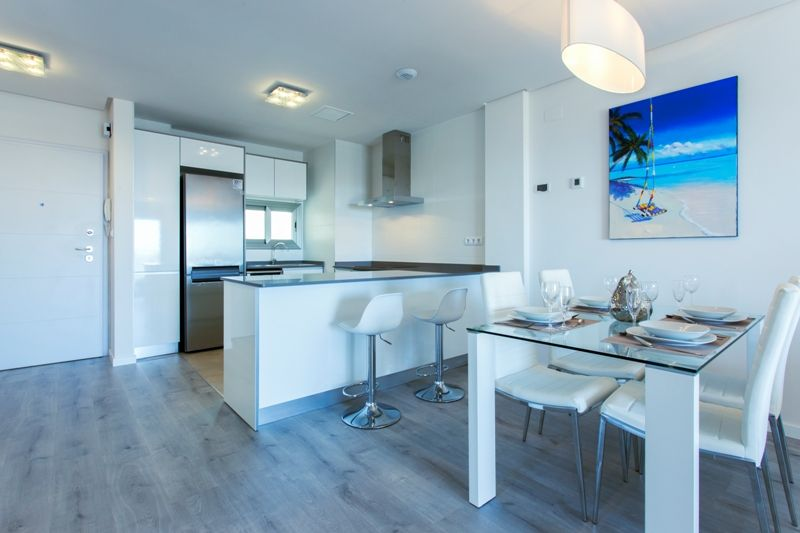 Penthouses with 2 bedrooms and 2 bathrooms in complex with pool, spa, gym, La Zenia. 8