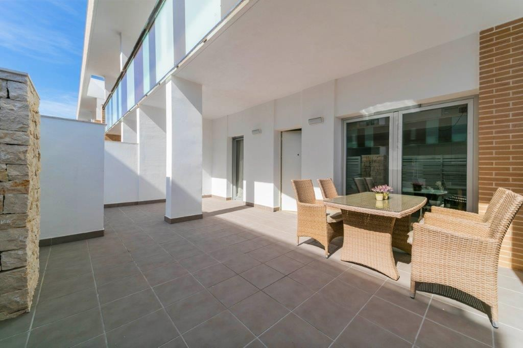 2, 3 and 3 bedroom turn-key apartments in Javea 9