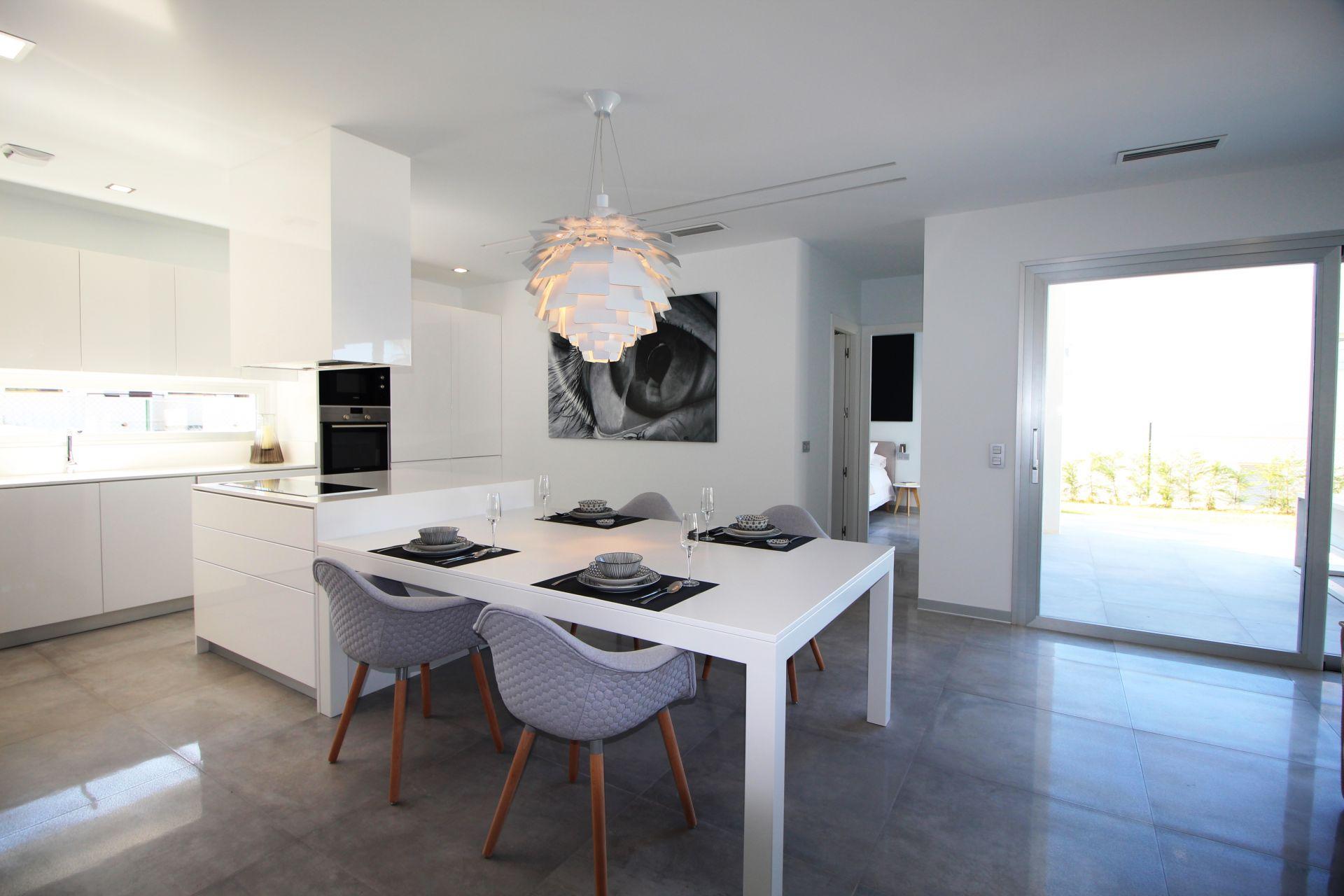 Exclusive villas with 3 bedrooms in Finestrat 7