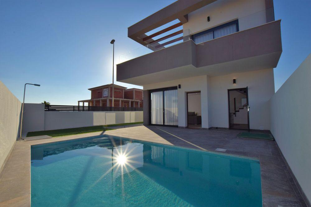Villas in Los Montesinos 6