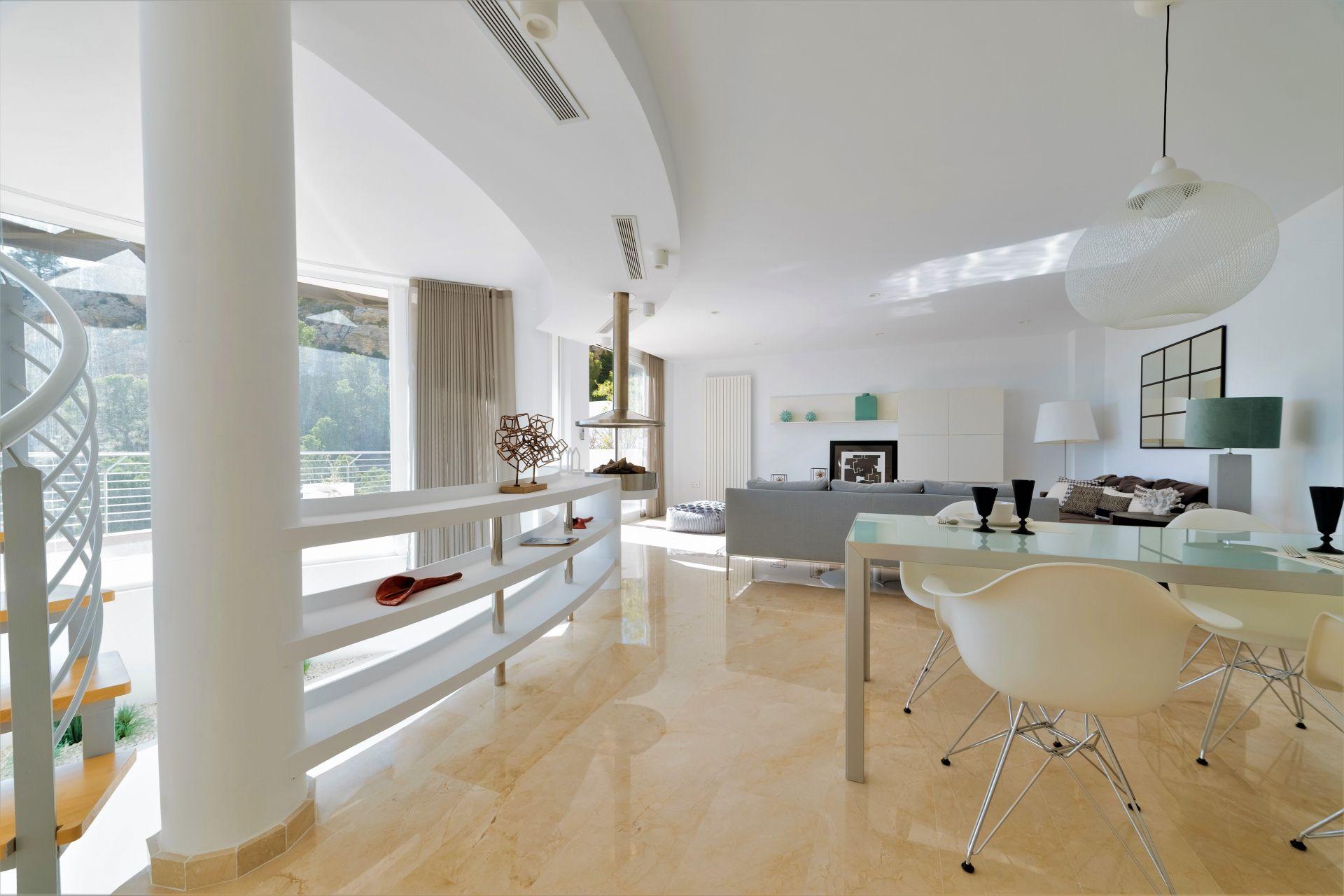 Villas with incredible views to the Mediterranean Sea in Altea 17