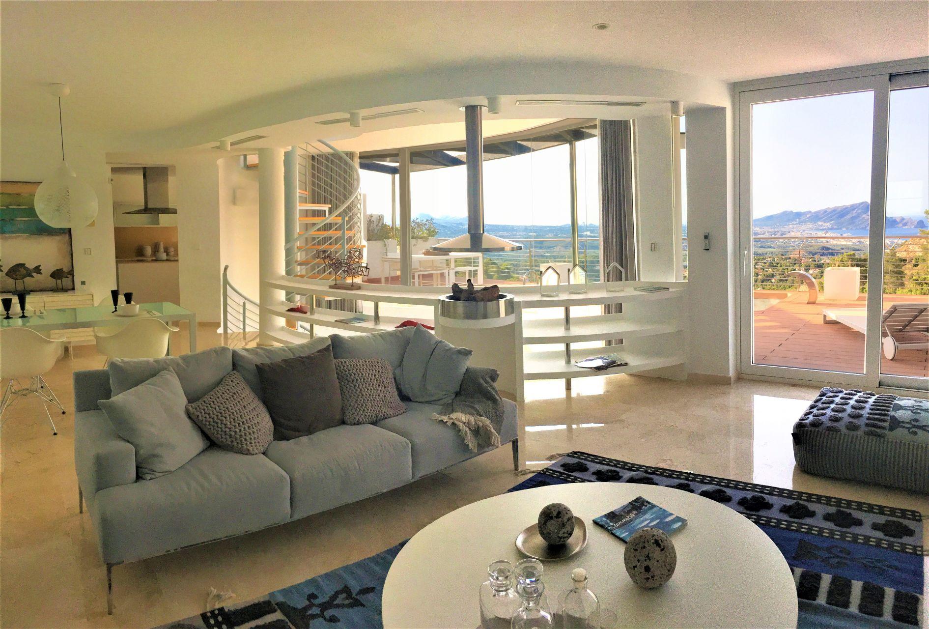 Villas with incredible views to the Mediterranean Sea in Altea 18