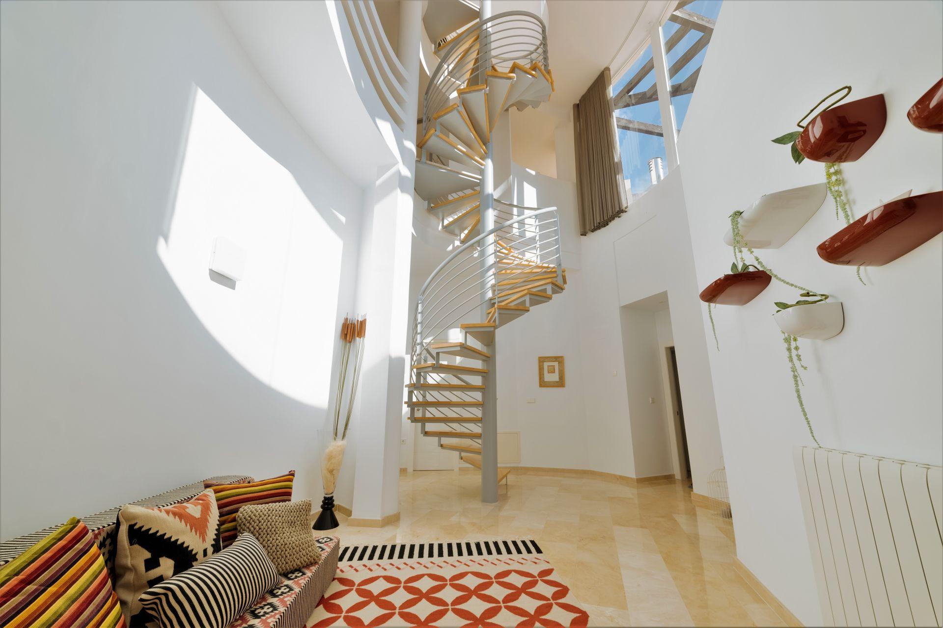 Villas with incredible views to the Mediterranean Sea in Altea 22