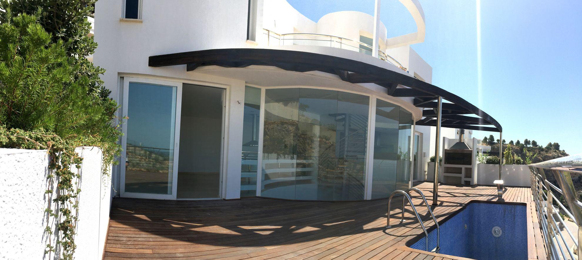 Villas with incredible views to the Mediterranean Sea in Altea 12
