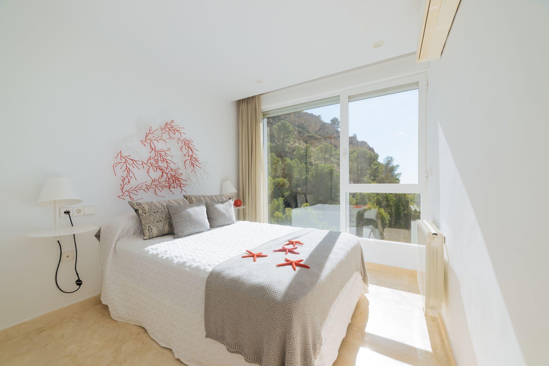 Villas with incredible views to the Mediterranean Sea in Altea 27