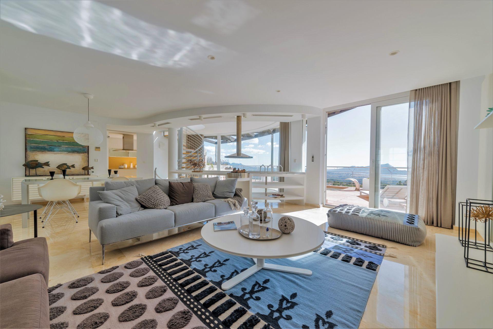 Villas with incredible views to the Mediterranean Sea in Altea 15