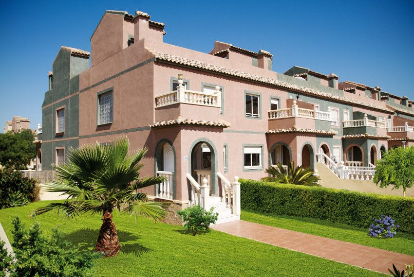 Apartments and villas in las Balsicas 1