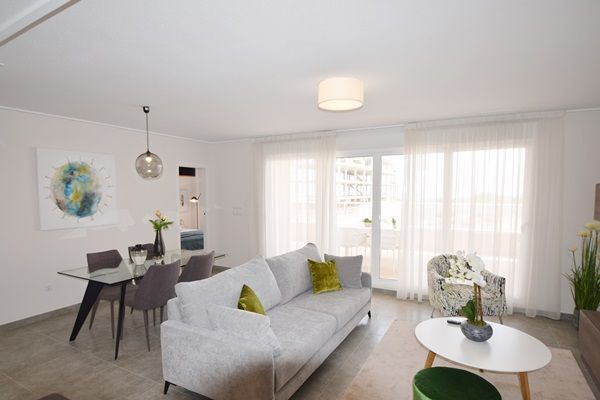 Apartments and penthouses in Villamartin 7