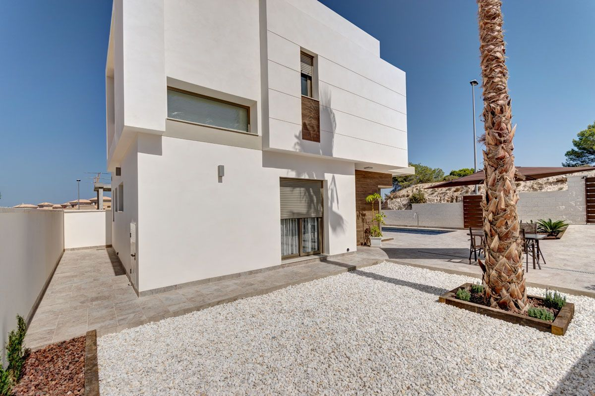 Villas in Villamartin 2