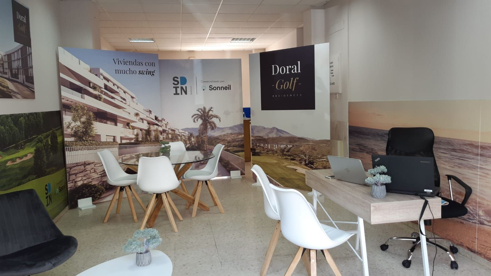 Apartments with views over golf courses in Estepona 10
