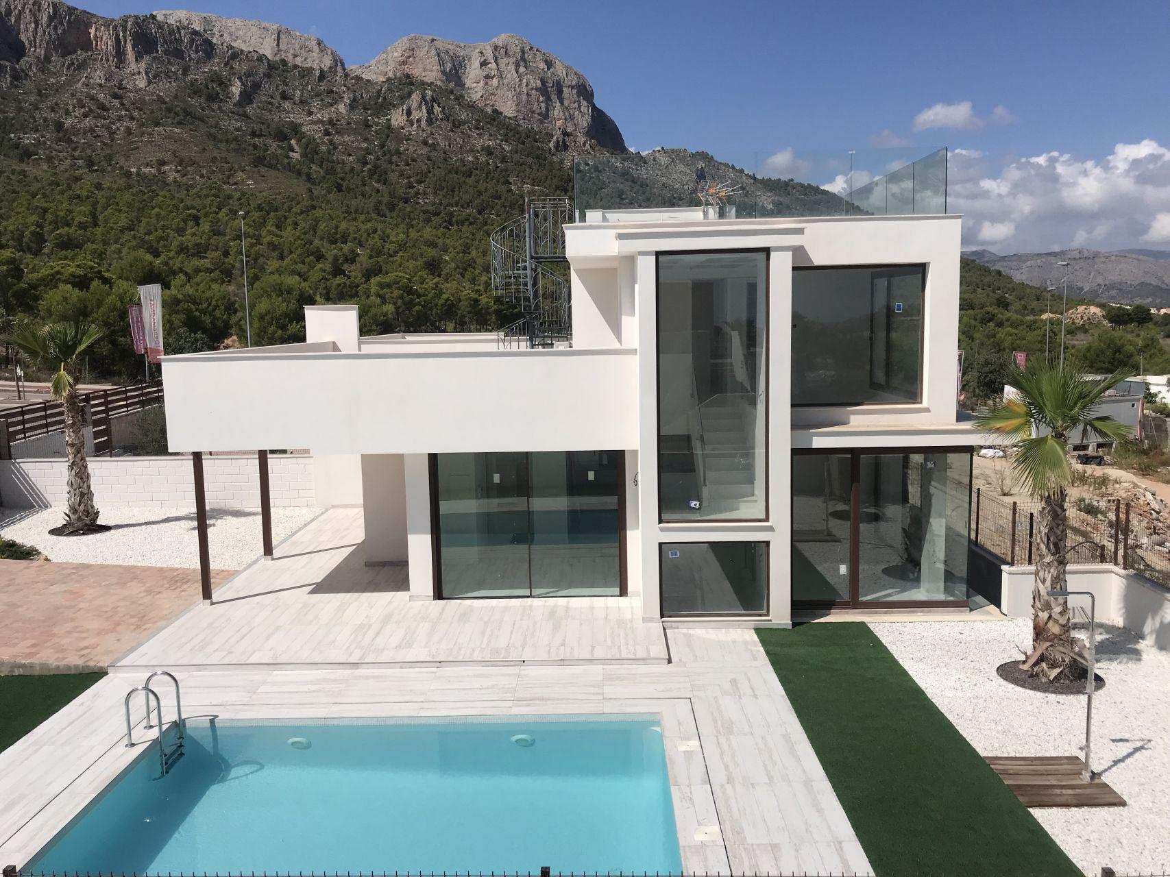Villas in Polop 5