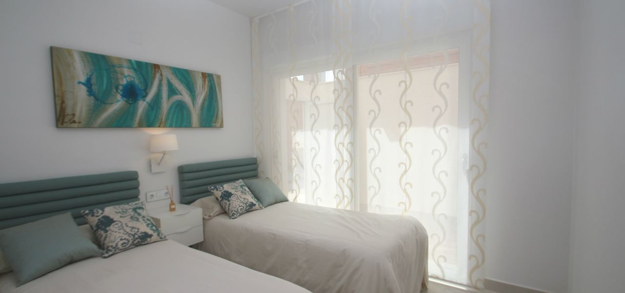 3 bedroom modern bungalows with garden or solarium in Torrevieja 8