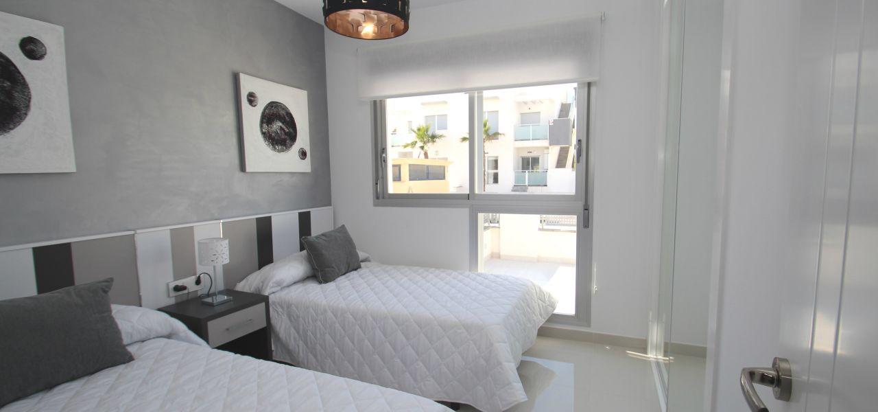 2 bedroom apartments 3
