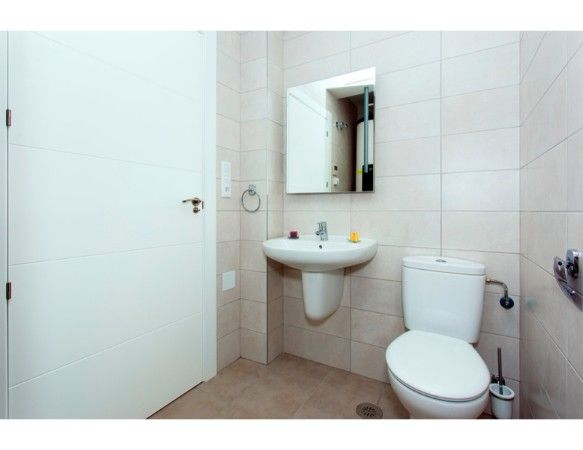 Penthouses with 2 bedrooms and 2 bathrooms in complex with pool, spa, gym, La Zenia. 13
