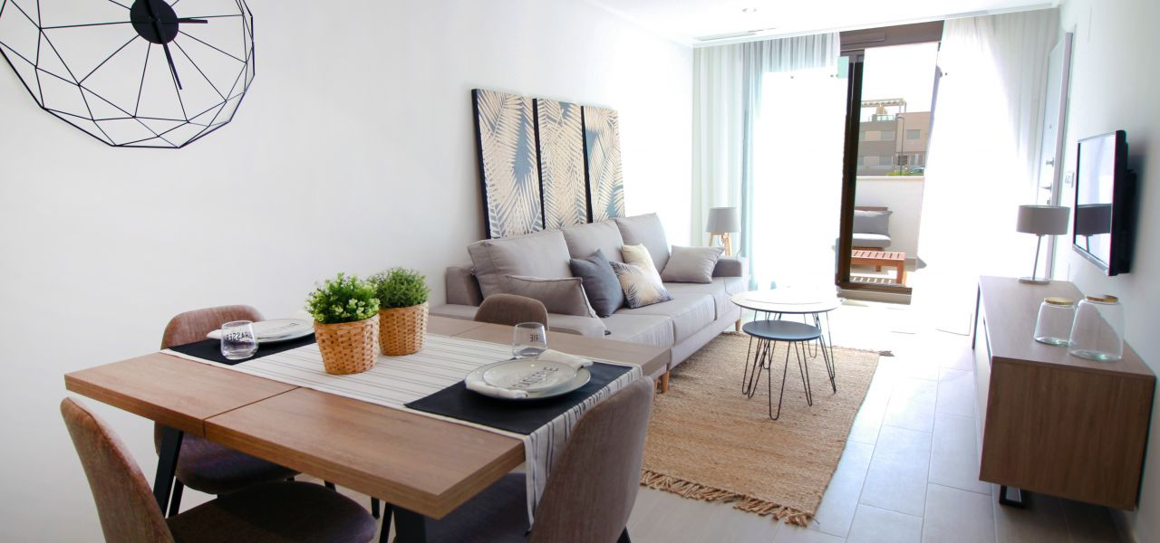 Superb 2 and 3 bedroom apartments with communal swimming pool in Torre de la Horadada 10