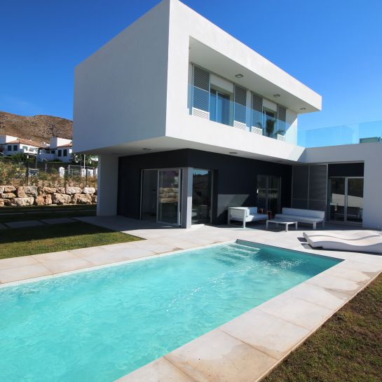 Exclusive villas with 3 bedrooms in Finestrat